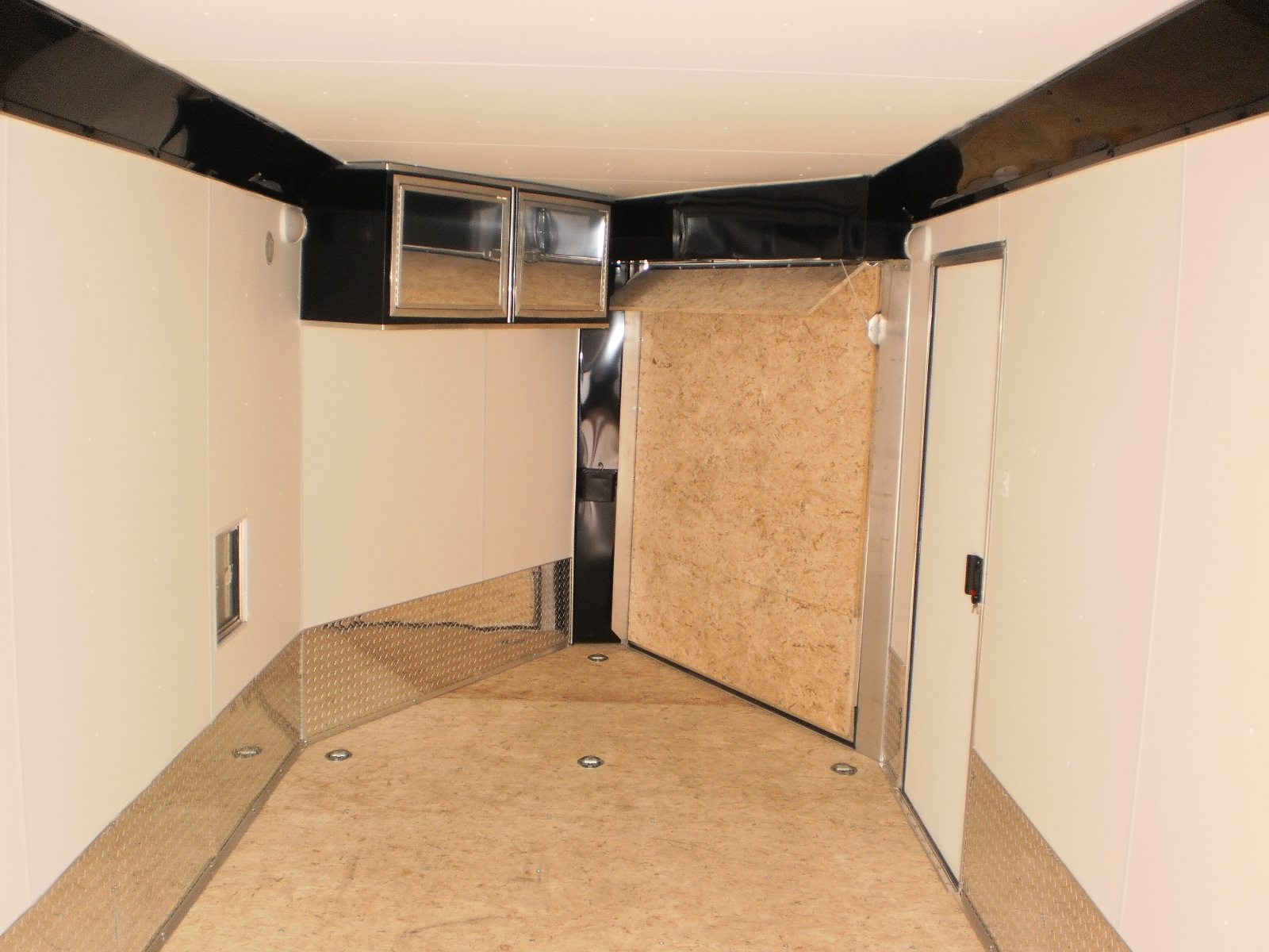 Flooring Walls And Ceiling R And P Carriages Cargo